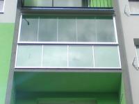 dsc01264-zasklenie-balkona-aluvista