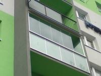 dsc01265-zasklenie-balkona-aluvista