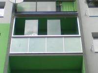 dsc01267-zasklenie-balkona-aluvista
