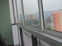 zasklenie-balkona-trencin-fotky-november-2012-580