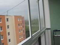 zasklenie-balkona-trencin-fotky-november-2012-581