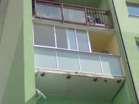 zasklenie-balkona-dsc01322